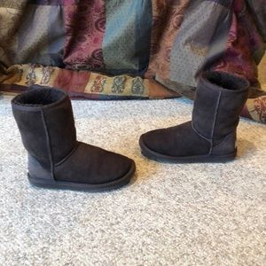Ugg Australia brown suede classic short boots 5